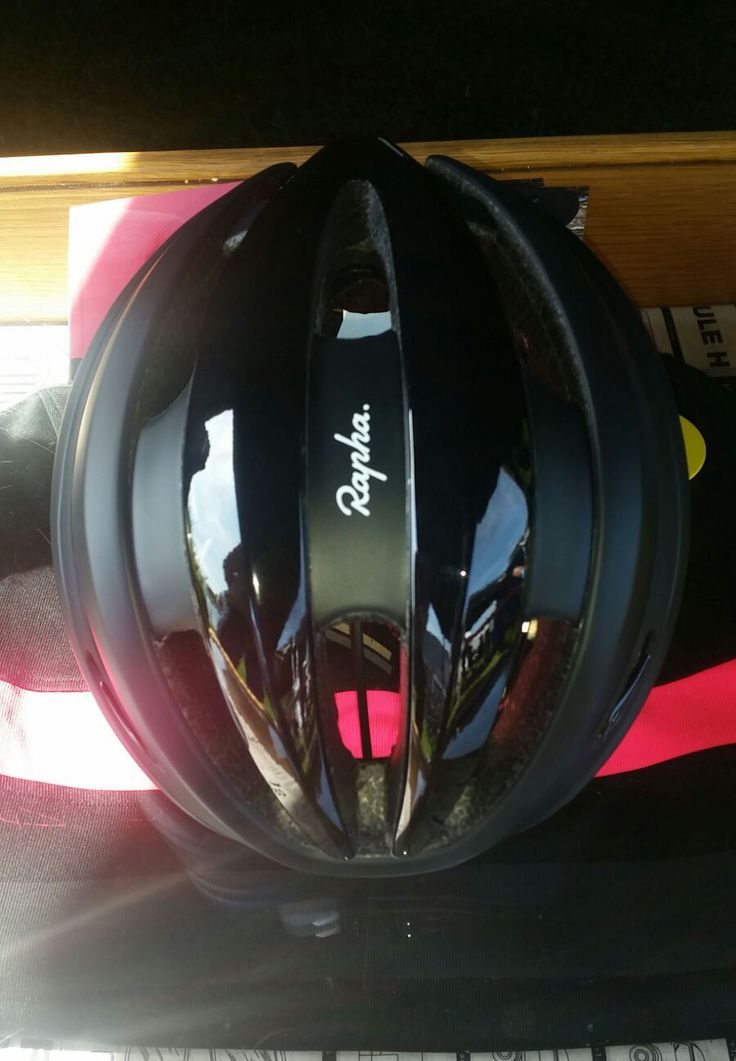 RAPHA RELEASES ITS FIRST EVER CYCLING HELMET