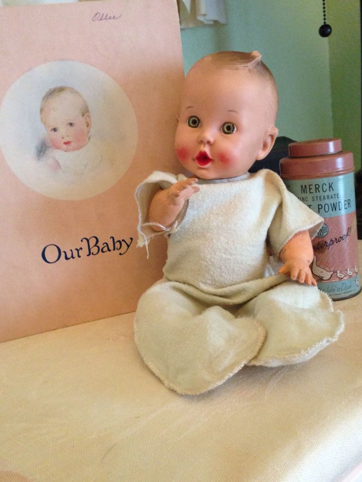 1950s Sun Rubber Gerber Baby. Has 1 Boo Boo. Left arm has crack. Think these PJ's are Mommy made.