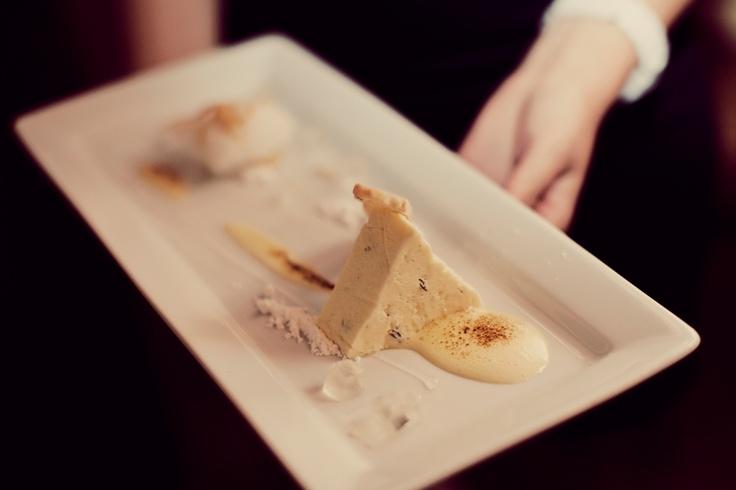asiette au citron – lemon sorbet served with lemon jelly, lemon sabayon with pistachio biscotti, lemon & thyme parfait, lemon gel