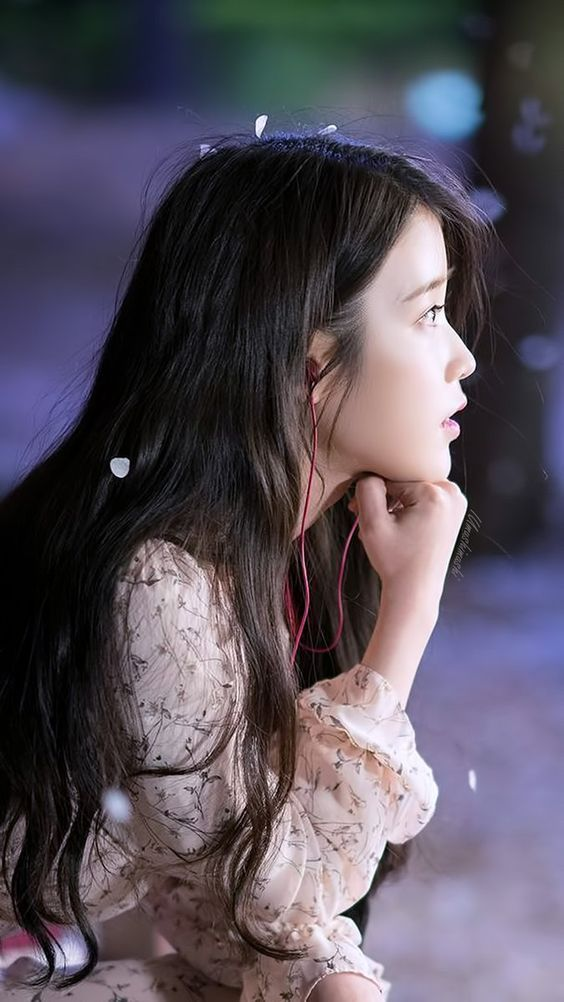 IU lost in thoughts...