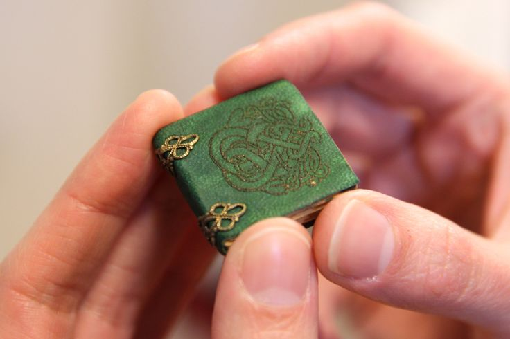 Emerald Celtic miniature book by evminiatures. This beautiful leather bound miniature was created at a tiny 1/12th scale!