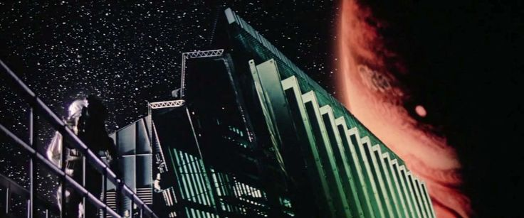 """@loouisfernandes @Oniropolis Immediate flashbacks to Sean Connery as space station marshal William O'Niel in the 1981 classic """"Outland""""."""
