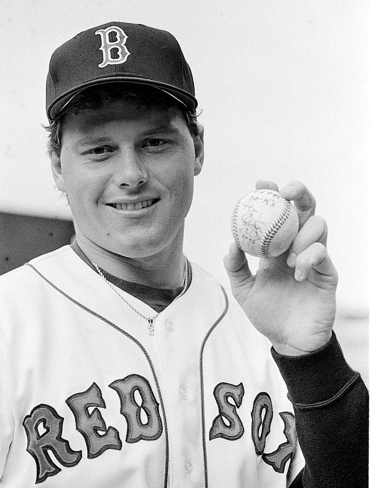 1986: Roger Clemens, P, Boston Red Sox : Sporting News MLB Players of the Year, 1936-2016