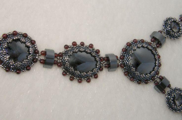 Фрагмент колье-галстука - гематит с гранатом - украшения из бисера - beaded jewelry