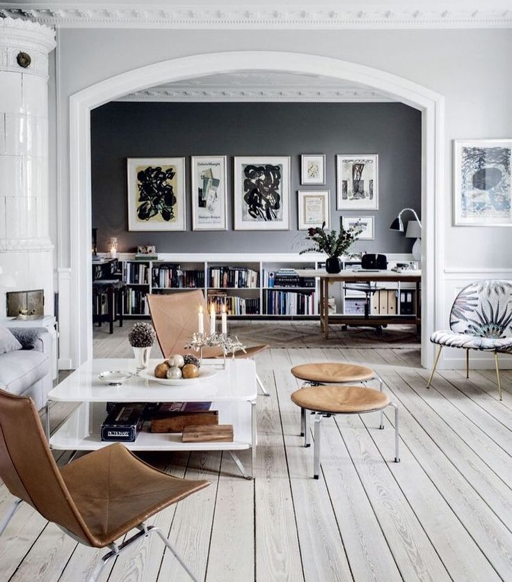 Have you noticed more and more of these artisan type leather chairs popping up? I think they're a great accent piece and being a natural material work with a lot of schemes.