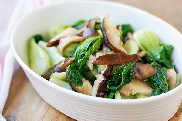 Garlic Mushroom Bok Choy - the easiest, healthiest, and best veggie dish with bok choy, mushroom and garlic. 3 ingredients & 10 minutes to make | rasamalaysia.com