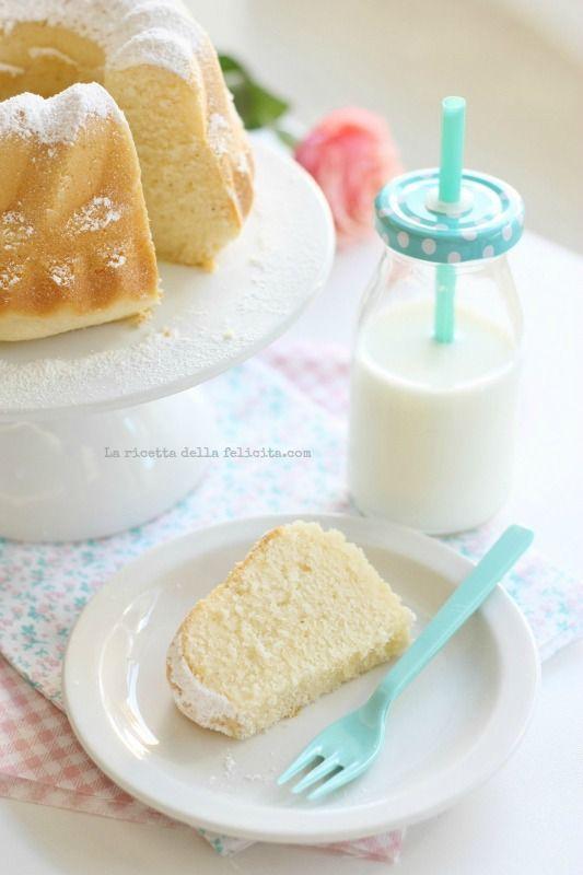 La ricetta della felicità: Ciambella sofficissima allo yogurt greco facile e veloce e tanta voglia di semplicità!