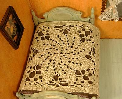 OOAK miniature crochet bedspread.  Pugcentric Pursuits.