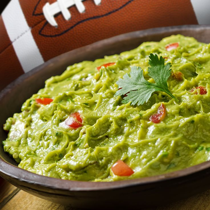 Start getting ready for the #superbowl with this #guacamole #recipe