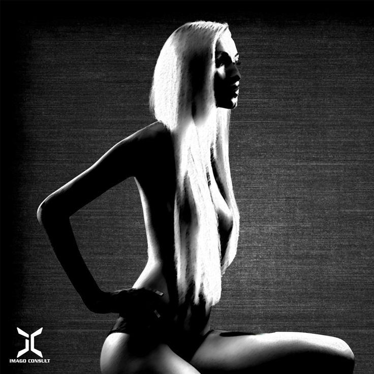 Women enlighten !  #design #diseño #entrepreneur #empresario #negocios #business #businesswoman #businessman #usa #us #colombia #bogotá #aesthetics #aestetic #beauty #beautiful #belleza #image #imagen #emotion #emoción #fashion #moda #models #art #arte #culture #cultura #beautycreator #music #exclusive #eclectic #edgy #style