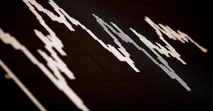 Nachricht:  http://ift.tt/2jD6Wmn  Wirtschafts-News  - Dax stürzt unter 13.000 Punkte - ThyssenKrupp und Infineon verlieren 3 Prozent #news