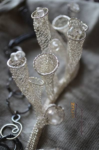 Aidot, käsintehdyt hopeakorut
