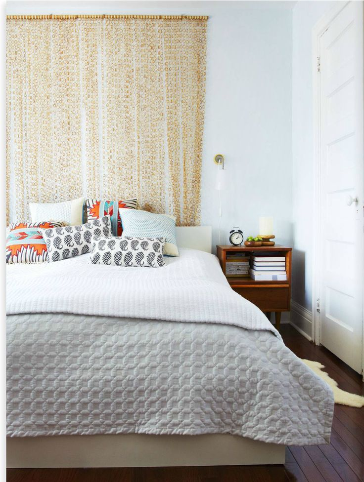 ROOMS: 10 Creative Ways to Spice Up The Wall Behind Your Bed