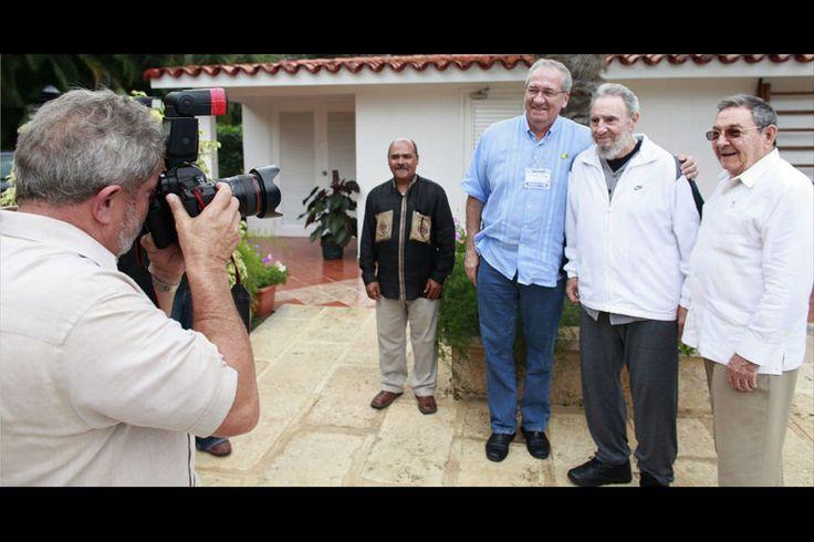 Resultado de imagem para ditadura cubana venezuelana