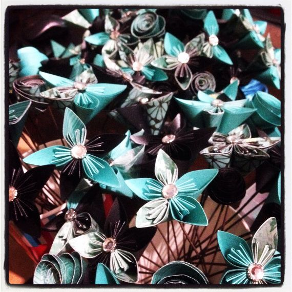 Origami Paper Flower Bouquet / Perfect for Mother's by ArtByReharn