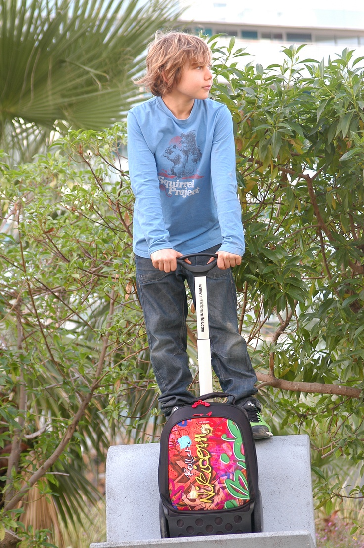 Nikidom Roller - stability with BIG WHEELS makes it the perfect trolley wheelie schoolbag