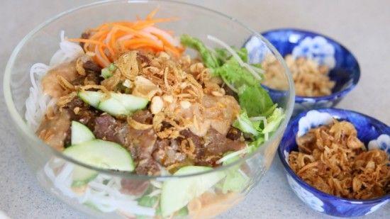 Recipe: Oven-Grilled Pork Noodle Salad – Bún thịt nướng – Danang Cuisine