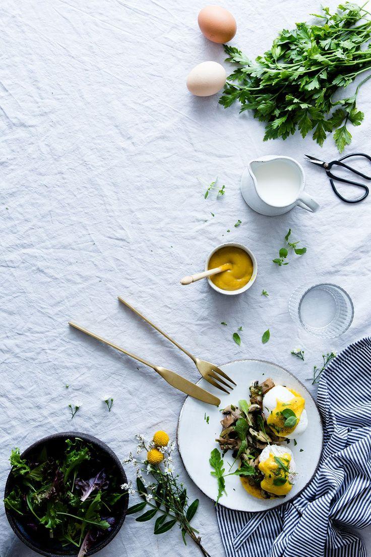Eggs benedict with honey mustard