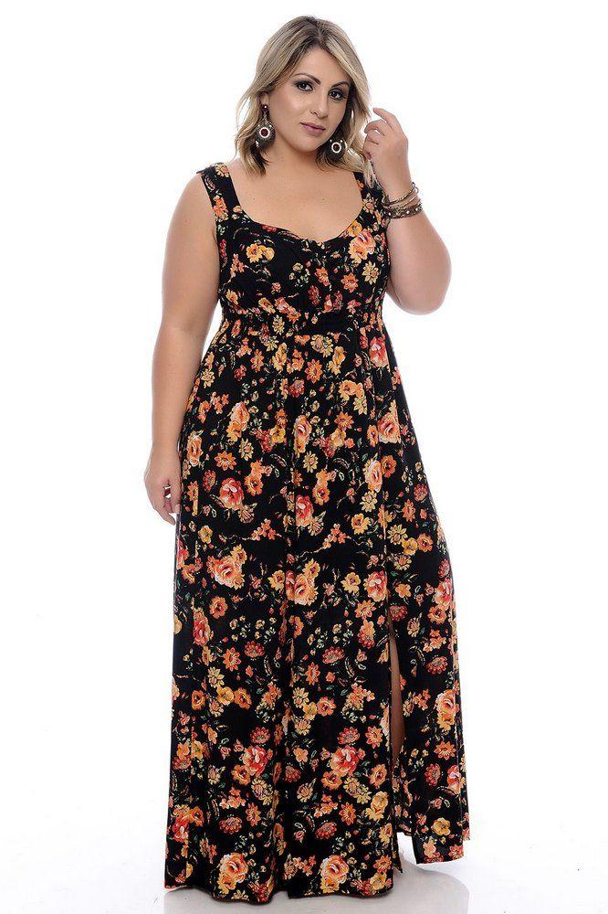 54b760790995 DESCRIÇÃO Vestido Plus Size Adela. Vestido longo com estampa floral dark,  sem mangas,
