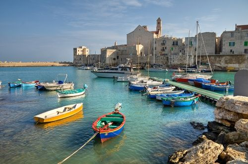 Google Image Result for http://www.howdoyousaythatword.com/wp-content/uploads/2012/01/Puglia-Giovinazzo.jpg