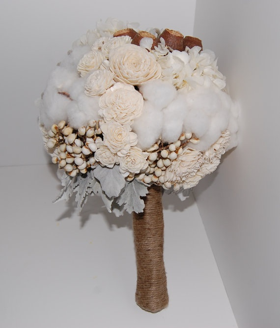 Preserved Wedding Bouquet by MaisonDeLaCroix
