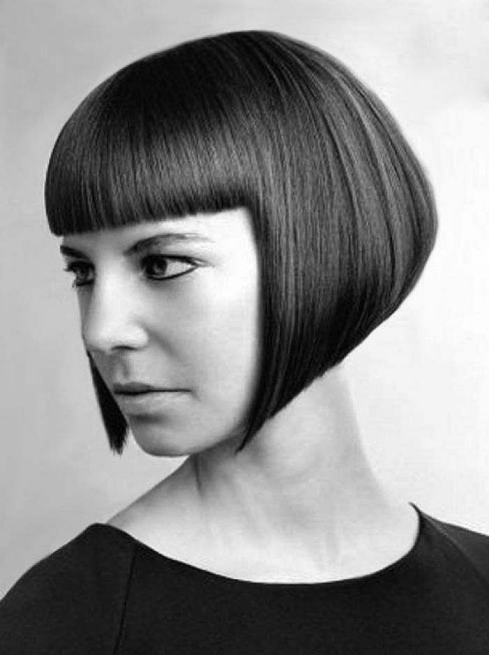 Precision Cut Line Bob Bangs Hair
