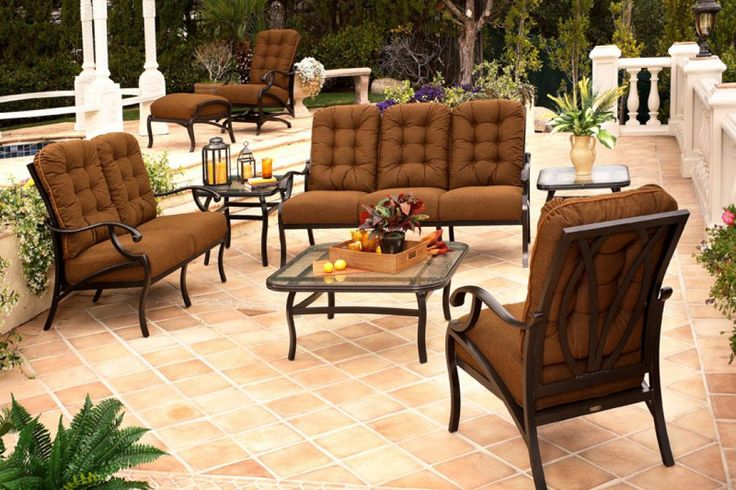 mallin-patio-furniture-mallin-volare-circular-cushion-seating-patio-furniture