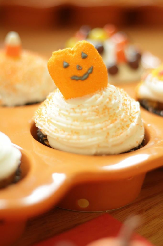 temp-tations® by Tara: Carrot Cupcakes with Cream Cheese Frosting