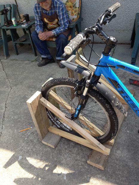 Wood Bike Rack In 2018 Diy Crafts Pinterest 30th