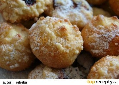 Sváteční koláčky recept -bez kynutí máčené TopRecepty.cz
