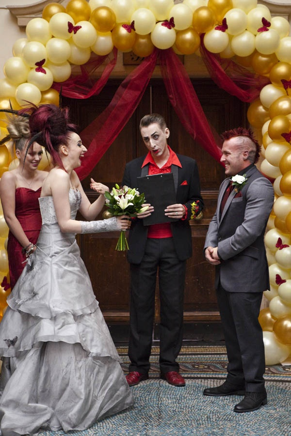 Rock N Roll Wedding Dress Don T Tell The Bride