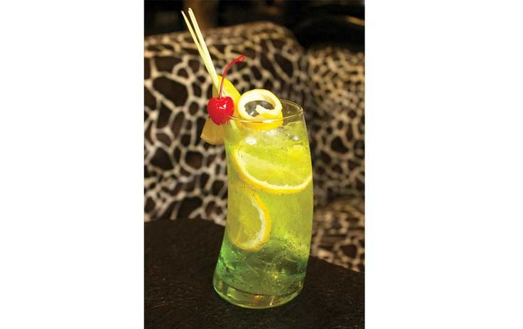 @safarichicresto - Enjoy a Wild Happy Hour and Try African Savannah Cocktails at the newly opened Safari Chic Restaurant & Sky Lounge on Jalan Oberoi, Seminyak.