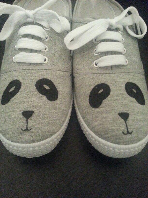Zapatillas pintadas a mano panda