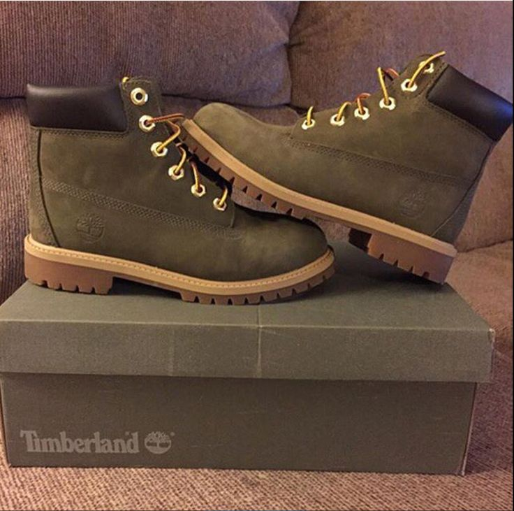 Olive green timbs
