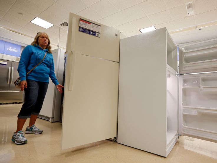 Sears is now selling appliances on Amazon (SHLD) - Sears is planning to start selling its Kenmore-branded appliances on Amazon, the company announced Thursday.  Sears' stock price soared more than 7% in premarket trading following the news.  The move will lead tothe broadest distribution of Kenmore products outside of Sears stores, and should give the company access to new customers.  But it also gives shoppers one more reason not to visit Sears.com or Sears' stores, which have been…