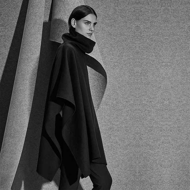 Innovative knitwear in touch-me textures: For a cosy addition to your knit collection that boasts luxe appeal, look to the Stefani Wool Cape, available online in select AU & NZ stores. #WITCHERYFIRSTEDITION