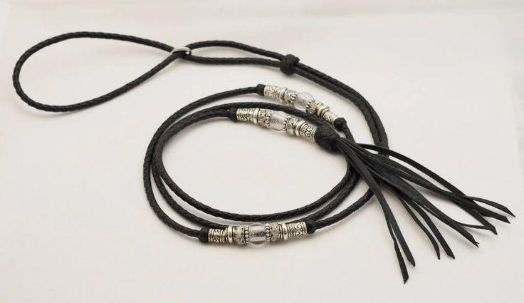 Black Kangaroo show lead with adjustable collar