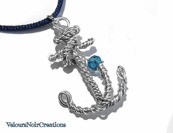 anchor necklace created by hand with metal wire technique
