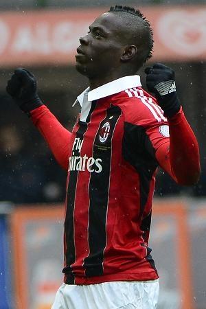 MARIO BALOTELLI scored both goals as AC Milan cruised to victory yesterday.