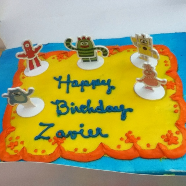 Birthday Cake From Lowe's Food Bakery!