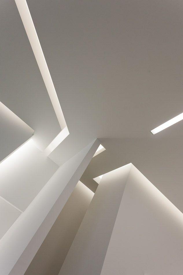 Interior of the AGC Maserati show room, Gent (photo Michel Guyot) _