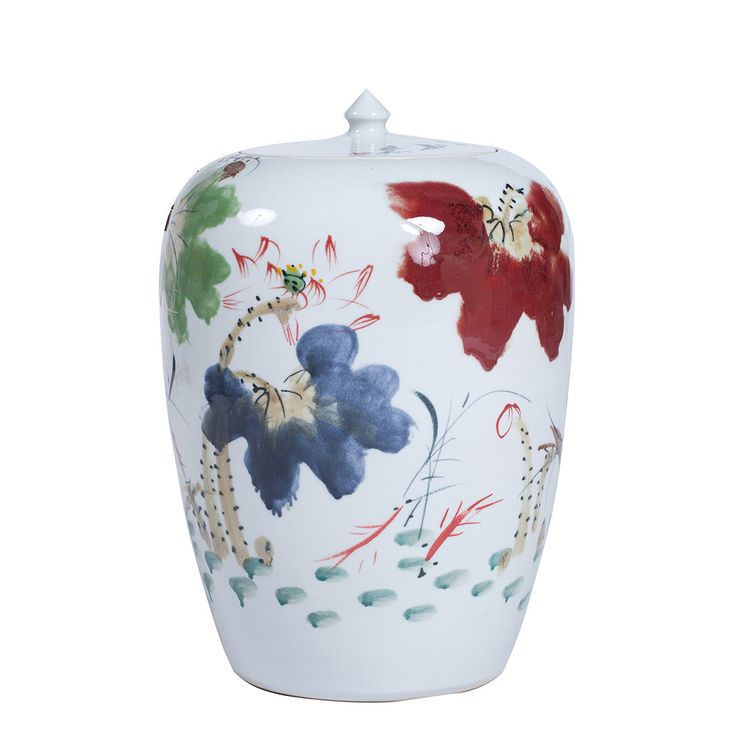 Handpainted Chinese Ceramic Vase: This stunningly decorated contemporary Chinese ceramic vase has been hand made in Jengdezhen, the ceramics capital of China.