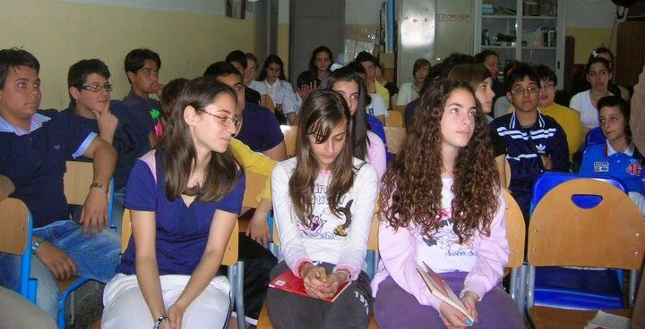 ANTONIO TRILLICOSO: IO CASALESE presentazioen al S.M.S. 'Capasso' - Frattamaggiore (Na)