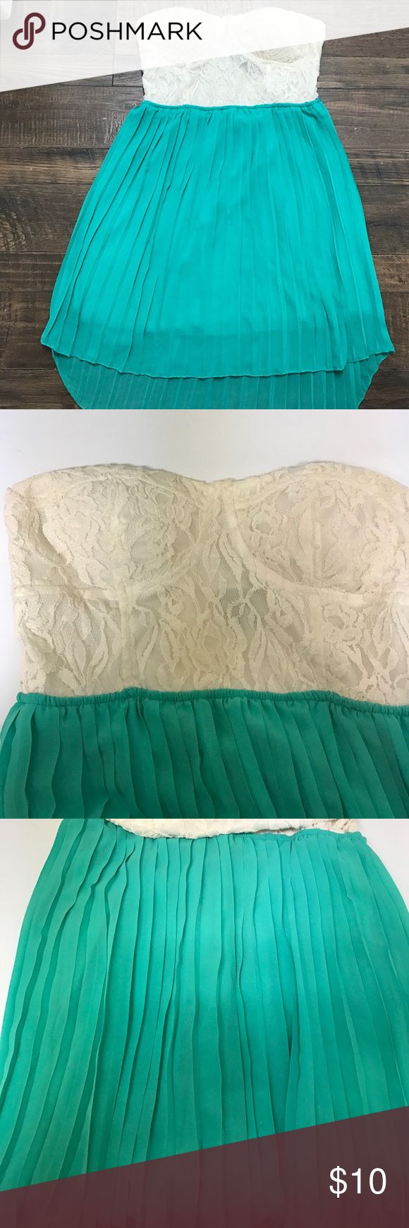 Mint and Lace Hi Low tube Top Dress Mint and Lace Hi Low Tube top dress.                   Super cute for the spring or summer Pleated bottom and Lace top (: Rue 21 Dresses High Low