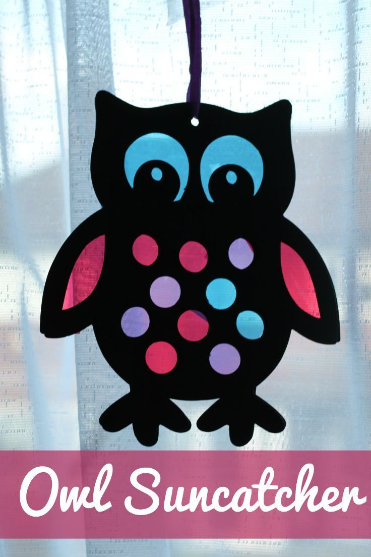 Stained glass style owl sun catcher craft for kids. A craft kids will love hanging in a window to admire.