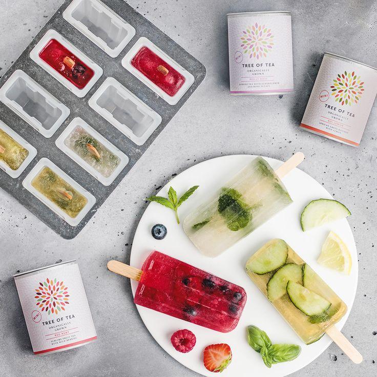 Kreiere Dein selbstgemachtes Eis am Stiel aus Tee! Damit das noch einfacher geht haben wir Dir unsere Top 3 Sommer-Tee-Sorten zusammen mit einer Eisform in ein Probierset gepackt!