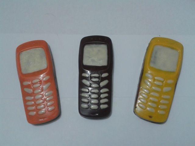 celular de chocolate