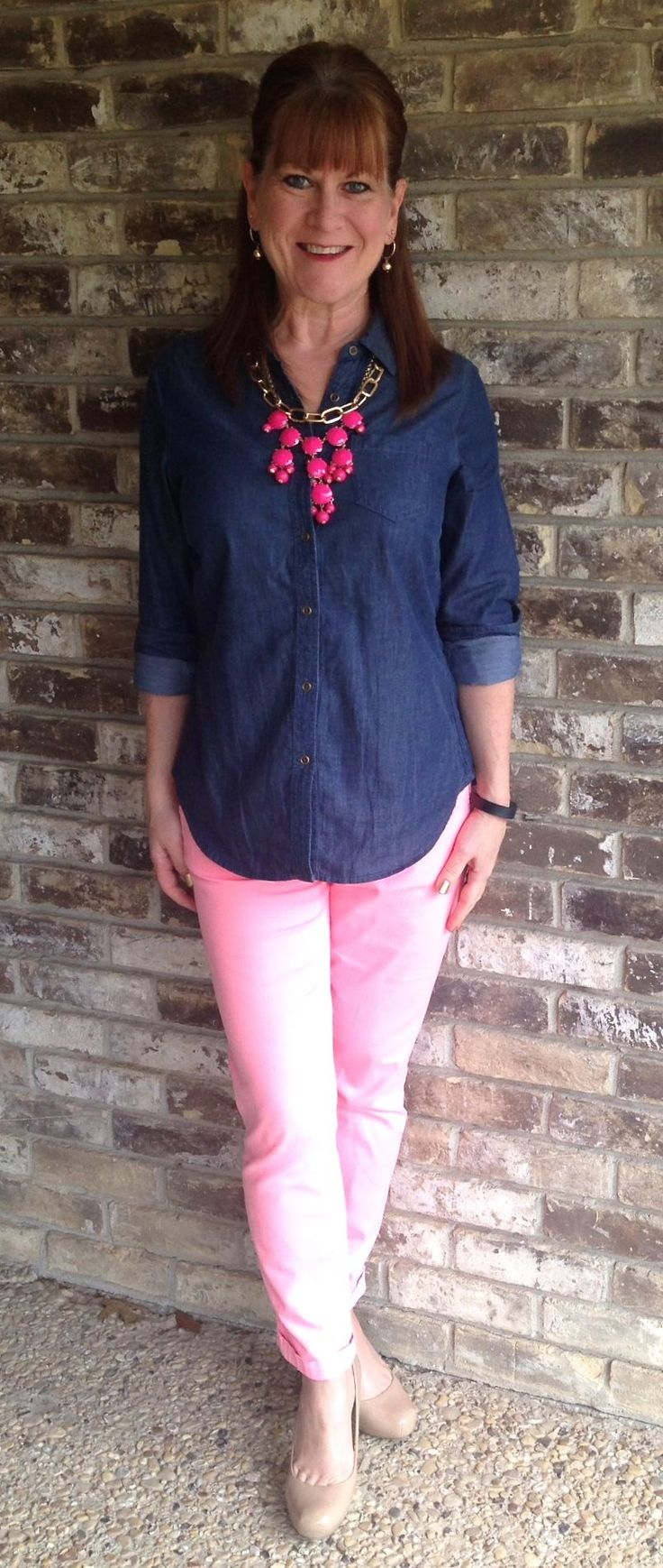 Well, true to my word the pink pants are back. It was inevitable, really. A dreary, rainy day just screams from something bright and happy. I knew I bought these pants for a reason. They can bright…