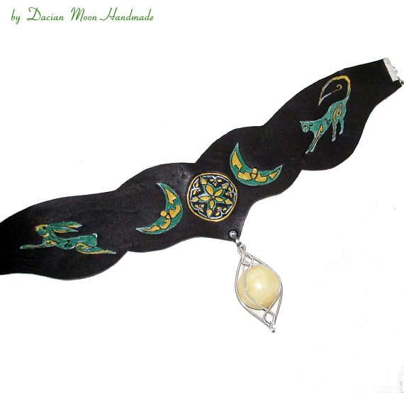 Leather choker with interchangeable gemstone by DacianMoonHandmade