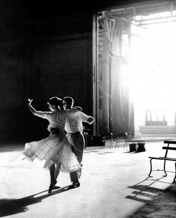 Audrey Hepburn and Fred Astaire rehearsing in Paris for Funny Face, 1957 (by Richard Avedon)